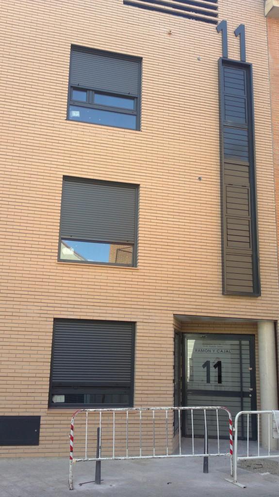 Edificio de 4 viviendas y 4 trasteros. Superficie: 395.38 m2. Pza. Ramón y Cajal, 11. Azuqueca de Henares. Guadalajara. 2010