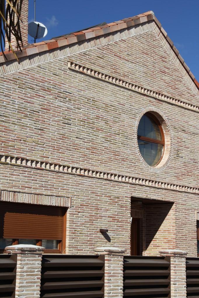 Vivienda unifamiliar en Calle Zuloaga, 1. Superficie: 358,48 m2. Azuqueca de Henares. Guadalajara. 2005